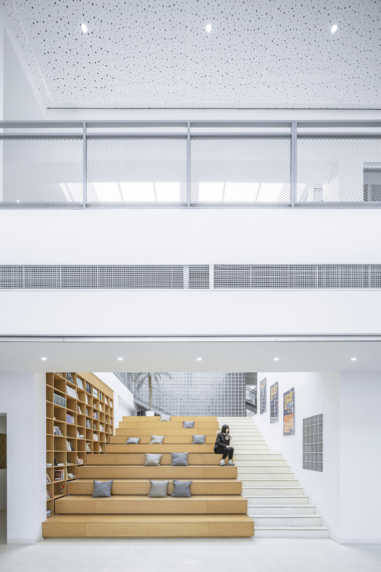 033-international-department-of-beijing-private-junyi-middle-school-china-by-edo-architects