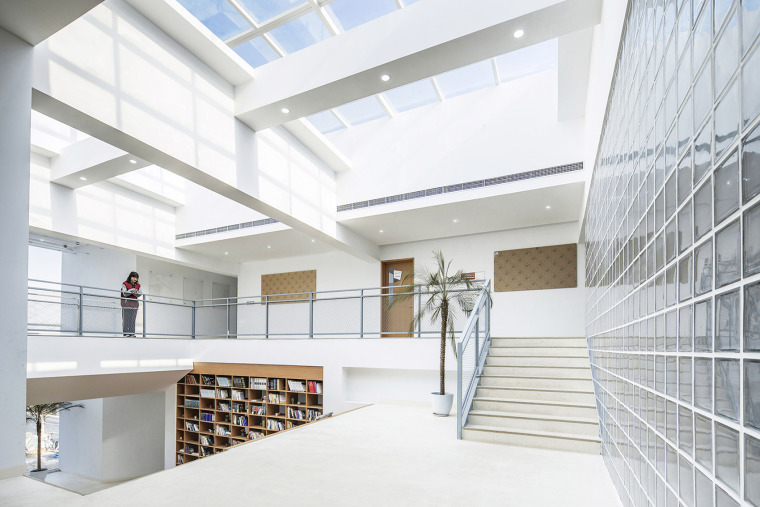 011-international-department-of-beijing-private-junyi-middle-school-china-by-edo-architects