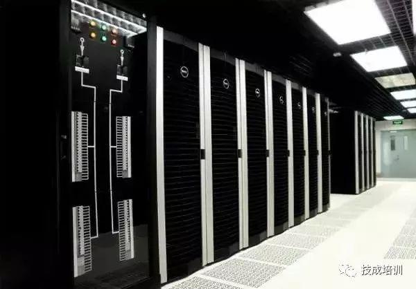 暗装动力配电箱安装资料下载-机房配电柜、配电箱在安装时应该注意哪些