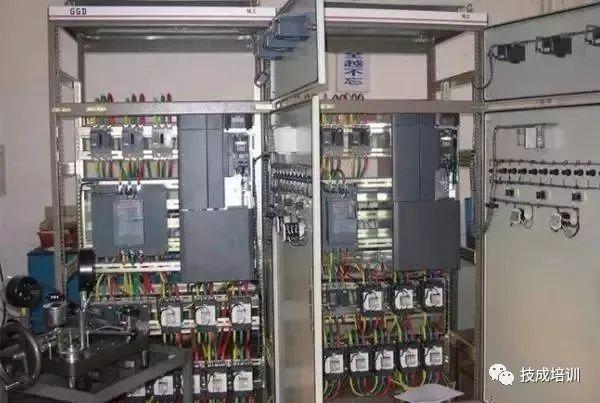 机房配电柜、配电箱在安装时应该注意哪些_6