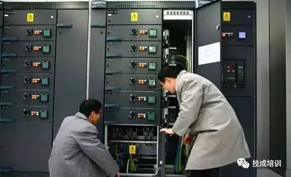 机房配电柜、配电箱在安装时应该注意哪些_10