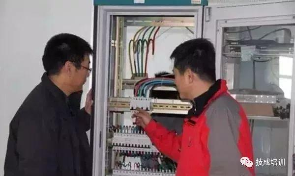 机房配电柜、配电箱在安装时应该注意哪些_9