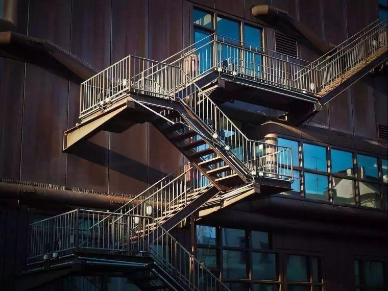 精准考虑装配式钢结构局部施工细节