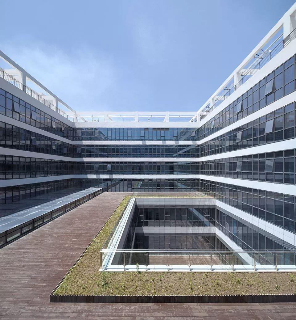 疫情背景下的中国医疗建筑现状与反思_13