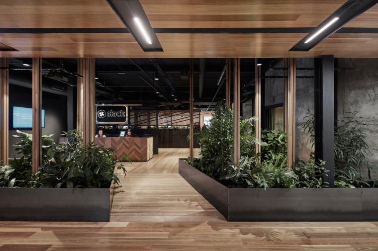 实用性强的办公室装修才是企业需要的!_1