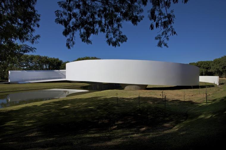 日本移民博物馆/GustavoPenna-a1.jpg
