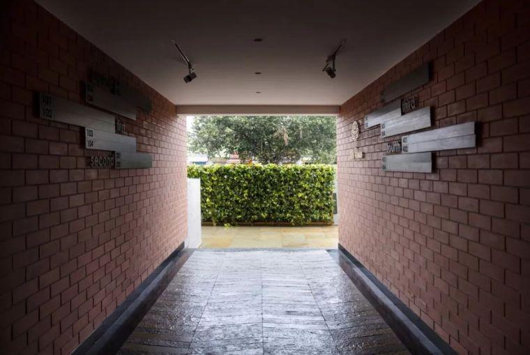 """多层住宅建筑设计:印度""""森林""""公寓/案例_9"""