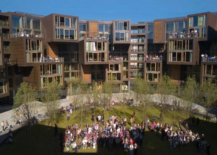 圆柱体的平等性,哥本哈根大学宿舍Tietgen_4