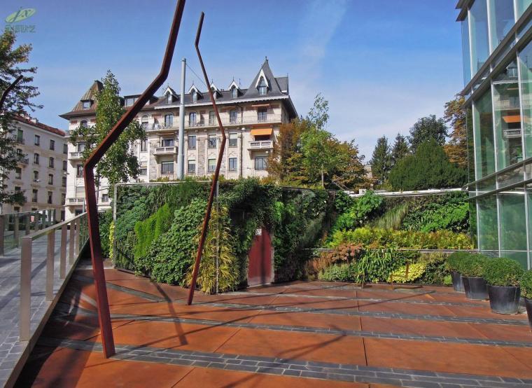 阿曼多利耶植物墙案例-1534324210534222