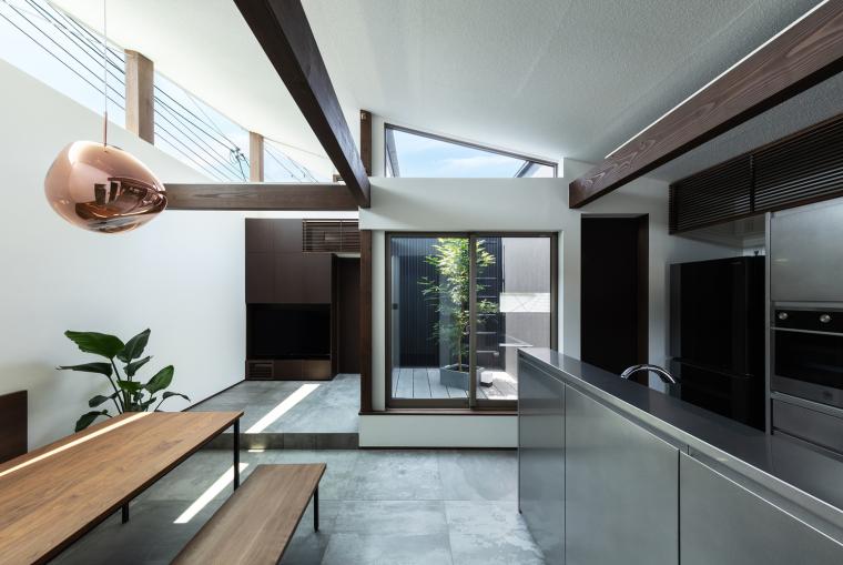 日本混合用途商业建筑-03