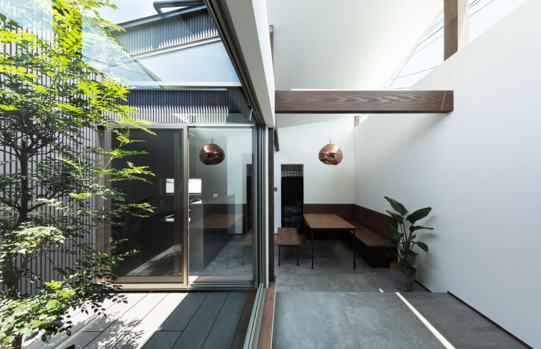 日本混合用途商业建筑-05