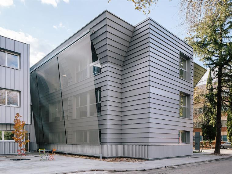 安徽某医院新建医疗综合楼水电安装施工方案