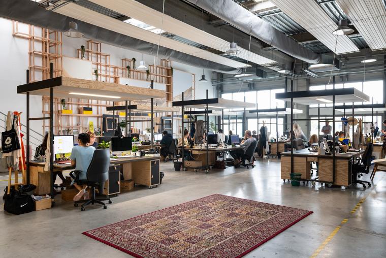 法国CôteOuest办公空间-001-cote-ouest-new-office-by-collective-parenthese