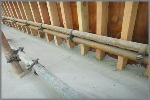 模板工程施工质量标准化图册,高清大图!_9