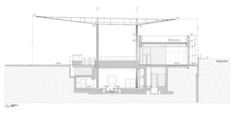 极简火车站_45x35米的金属屋顶,柱子支撑_17