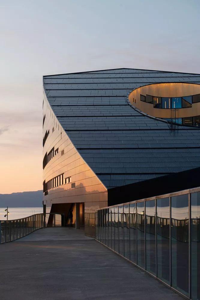 建筑师的环保职责|19座可再生能源公共建筑_6
