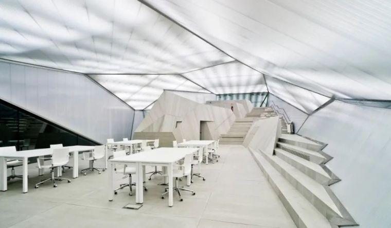 建筑师的环保职责|19座可再生能源公共建筑_28