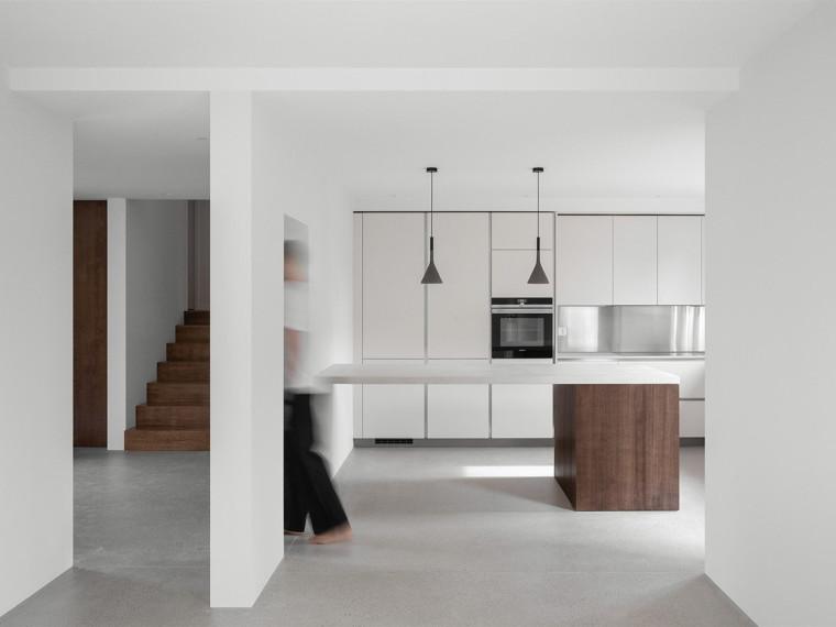 现代极简风的居住空间