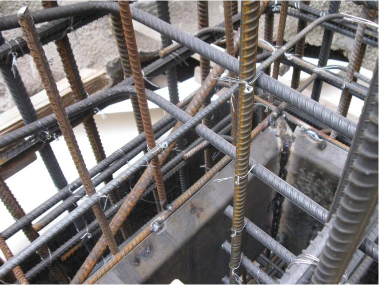 控制地下室外墙防水施工质量(2016)-止水钢板焊接不到位