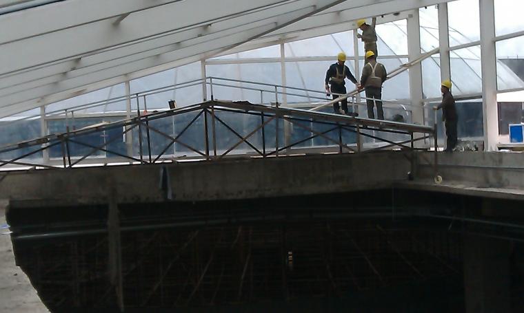 知名企业电动遮阳系统工程桁架施工方案