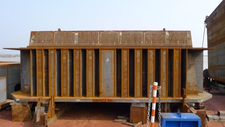 三塔斜拉桥施工创新工艺及关键技术
