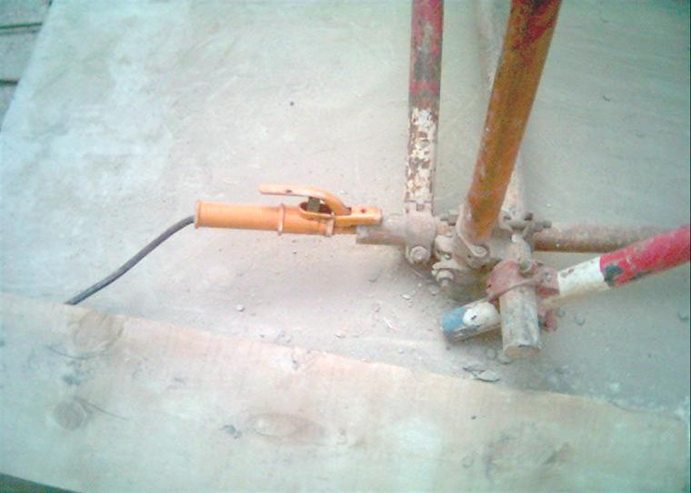 06电焊机二次线未正确使用