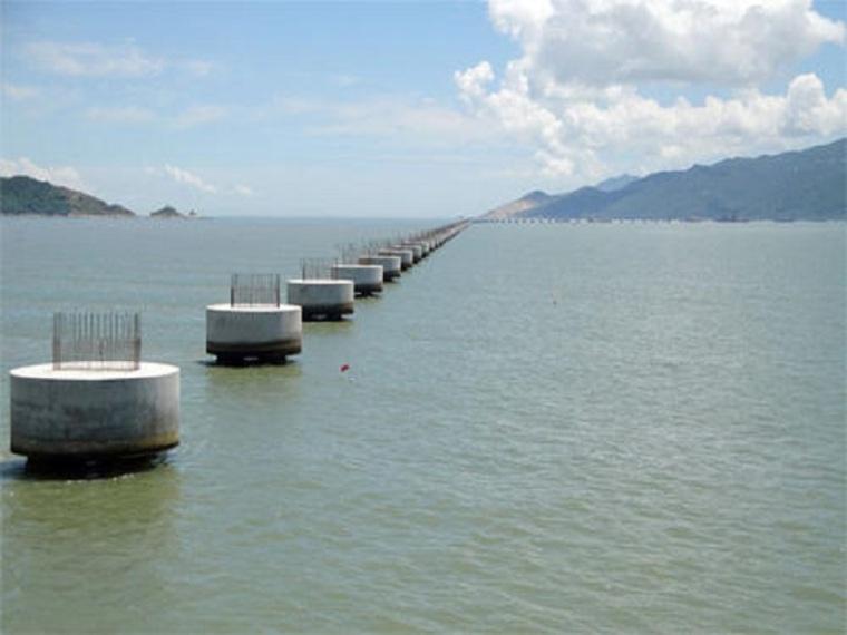 钢板桩围堰深水承台施工方案