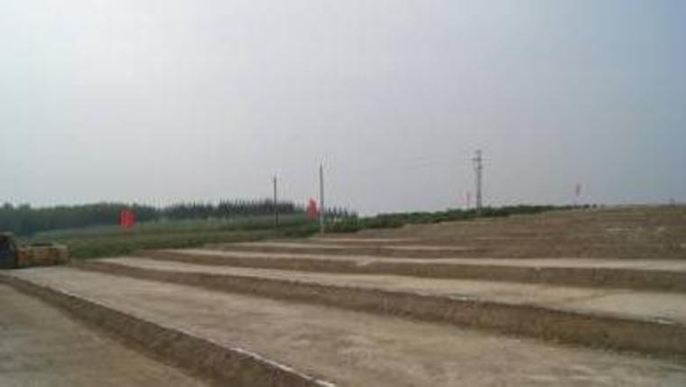 精品工程实施手册公路工程分册培训讲义PPT-78接头处理