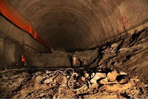 隧道施工技术培训及安全管理要点
