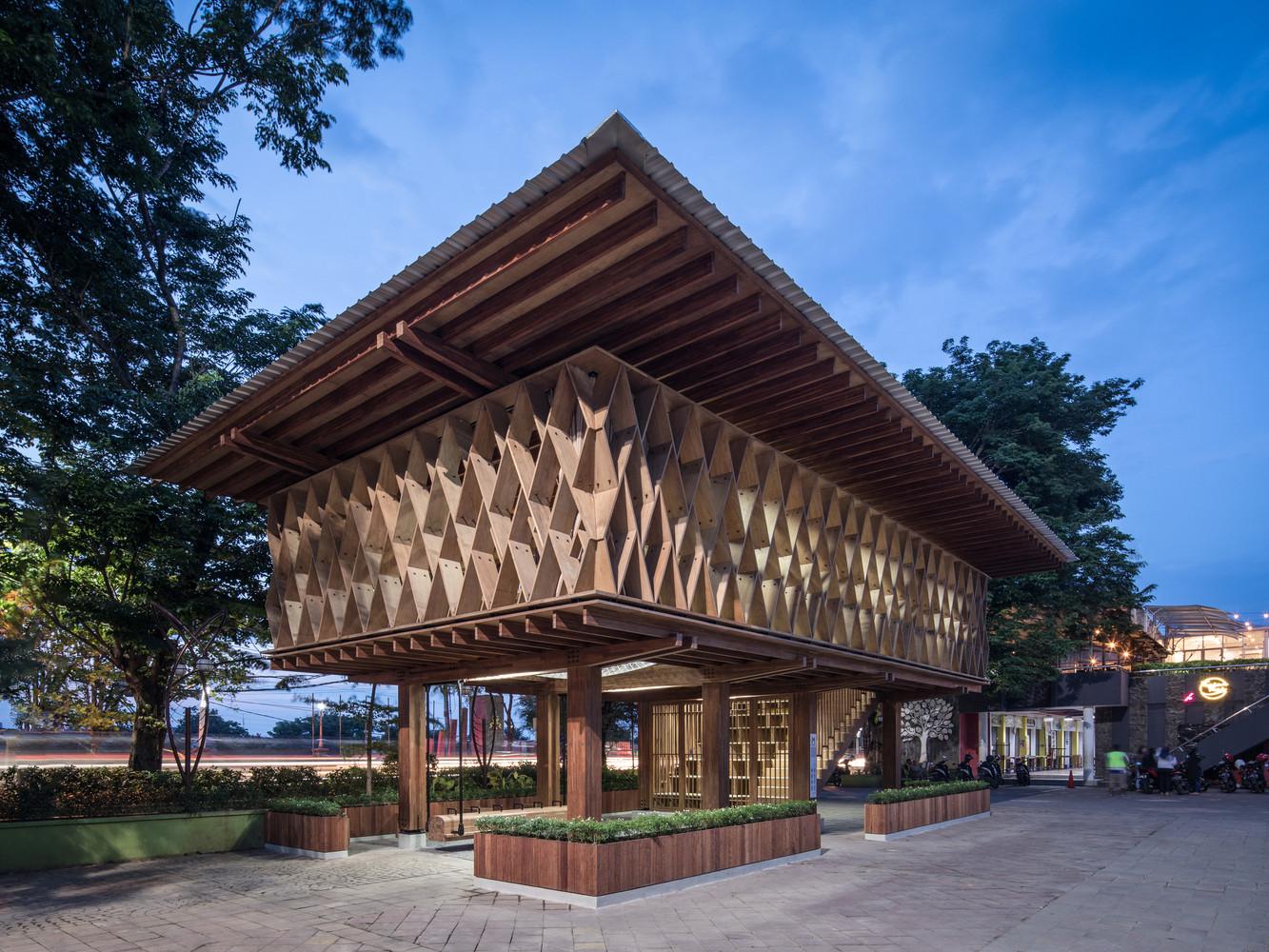 印度尼西亚WarakKayu微图书馆