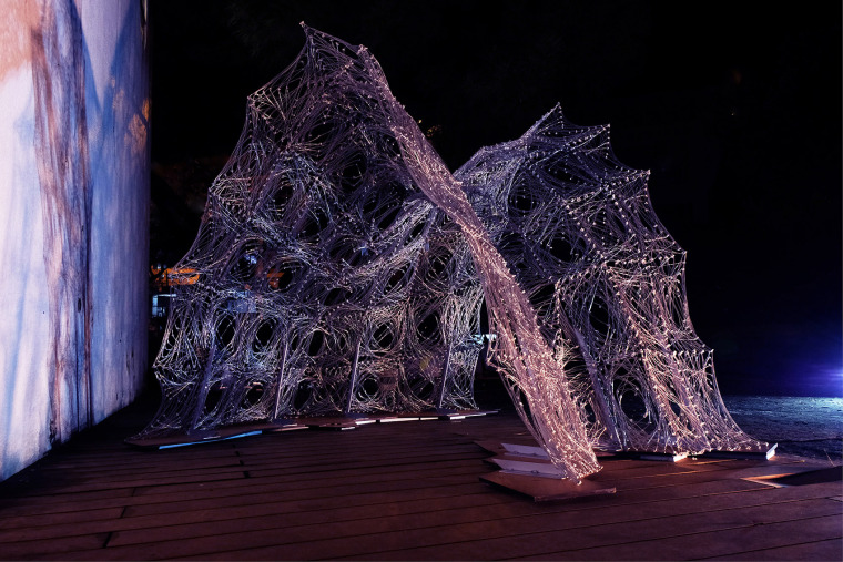 002-robotic-metal-wire-knitting-china-by-hsi-ping-hung