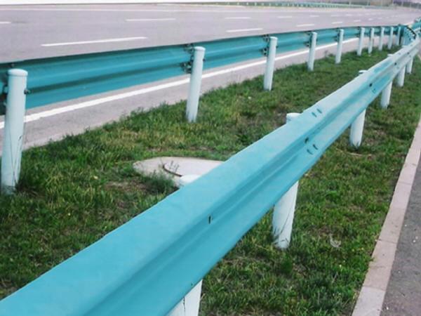交通安全设施(护栏/防眩/视线诱导等)设计
