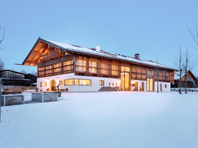 德国木结构谷仓住宅和会议建筑