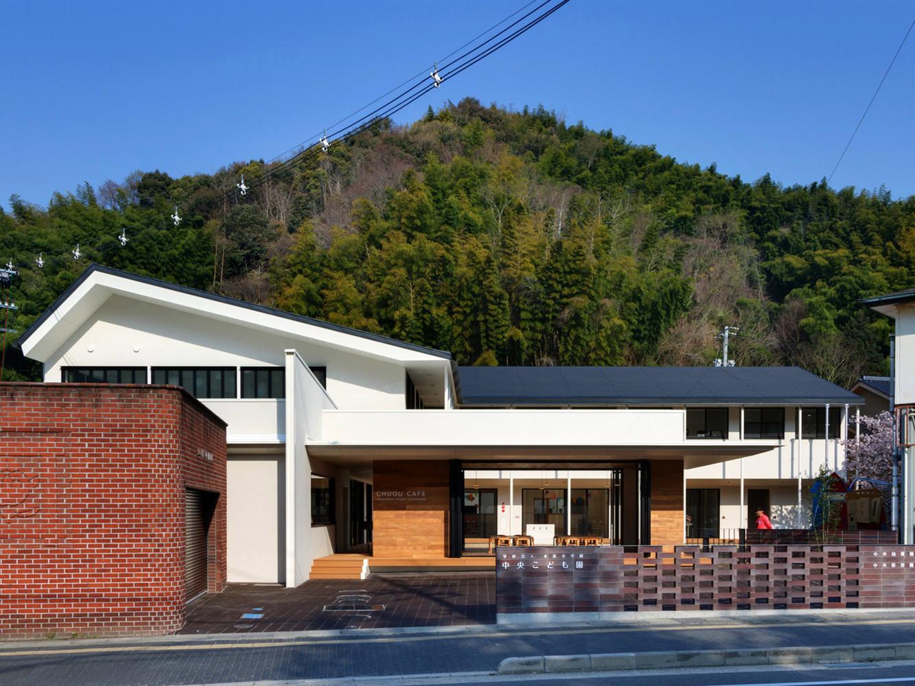 日本C.o幼儿园和托儿所