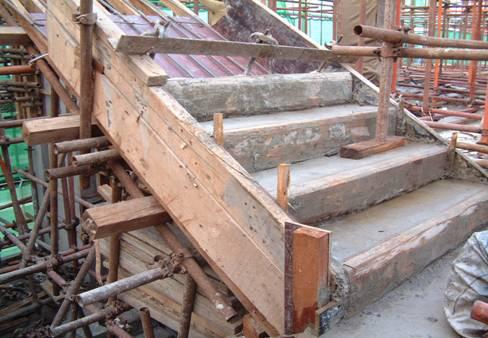 51框架结构楼梯施工缝
