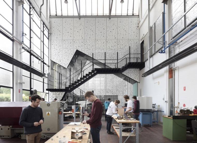 将工程学作为展品,墨尔本大学研讨共享空间_1