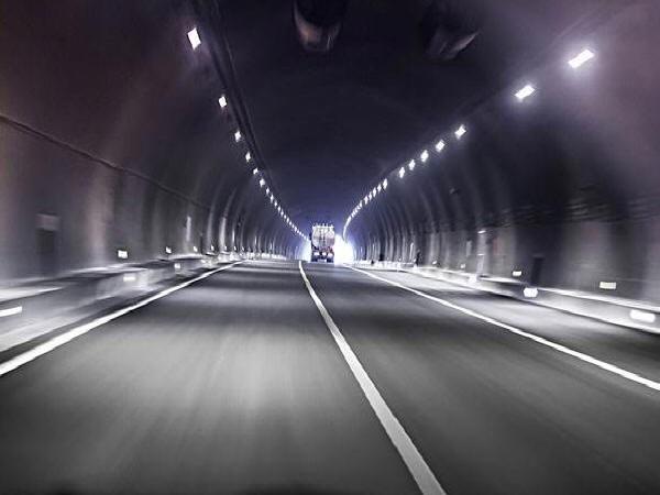 20篇隧道首件施工方案及施工技术交底合集
