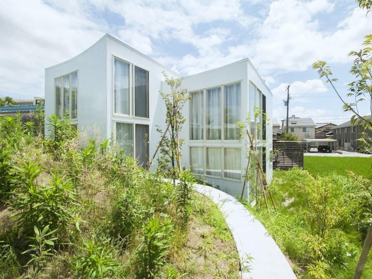 日本山地住宅
