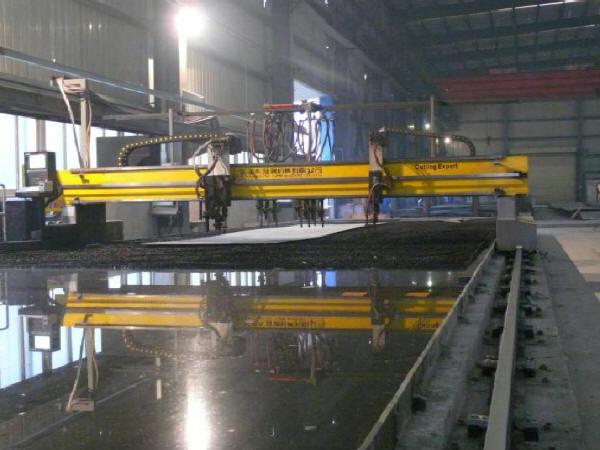 道路工程上跨铁路立交桥钢箱梁施工方案