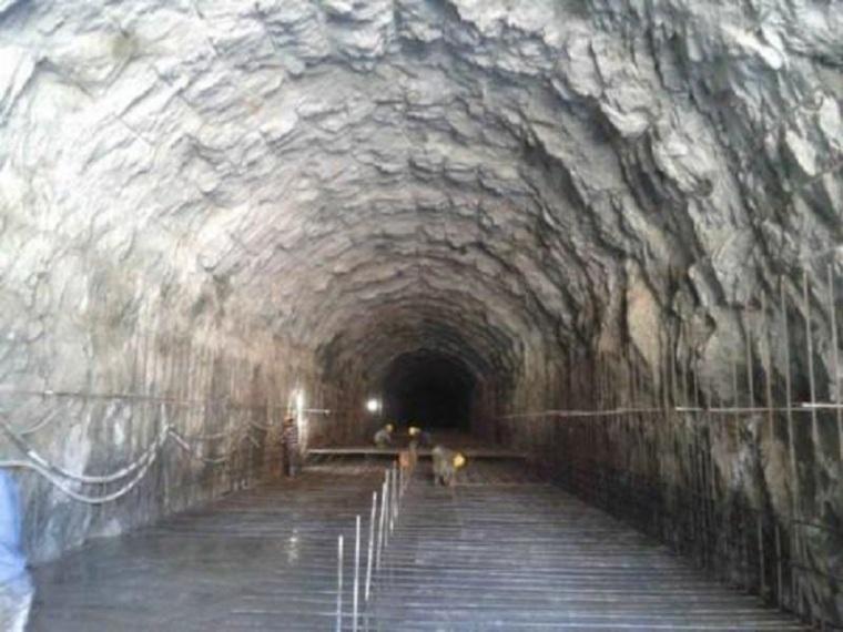水电站引水隧洞安全施工方案