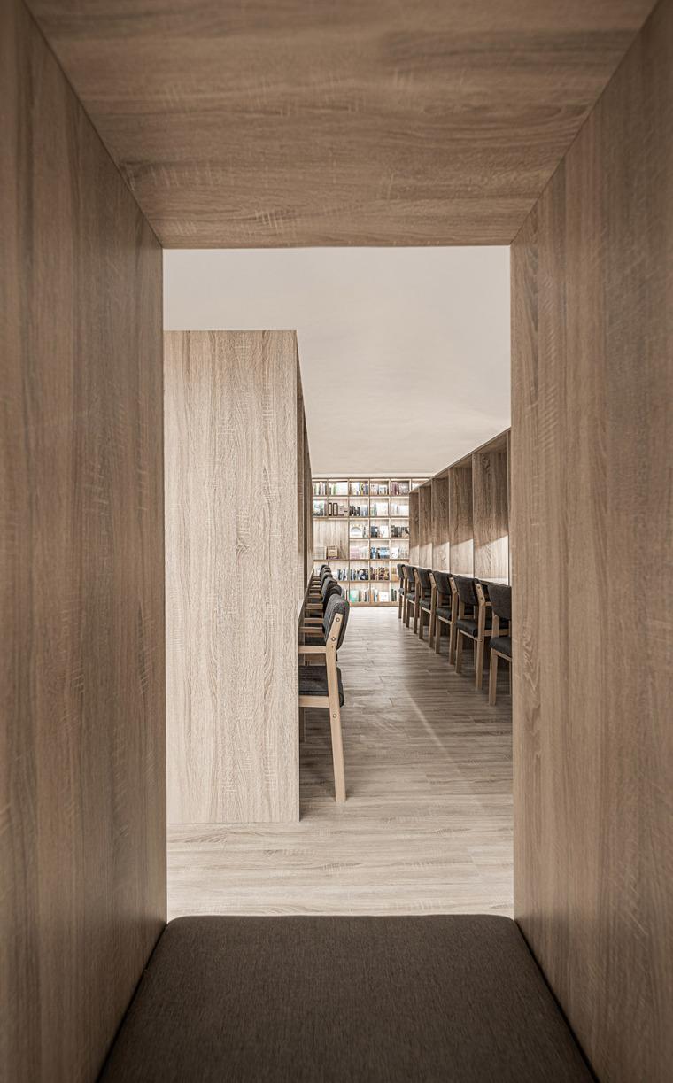 上海云端书店-20-Cloud-Bookstore_Hengtian