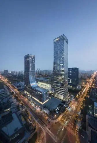 苏州现代广场钢结构设计与研究