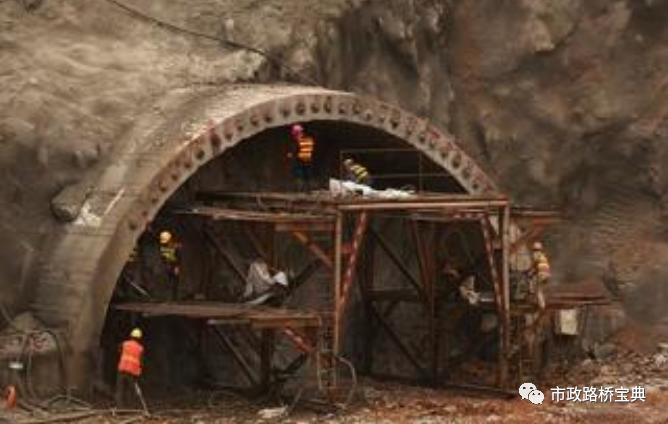 高速公路隧道洞身开挖首件方案