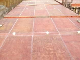 28模板方案、原材料、刷隔离剂、拼缝处理。