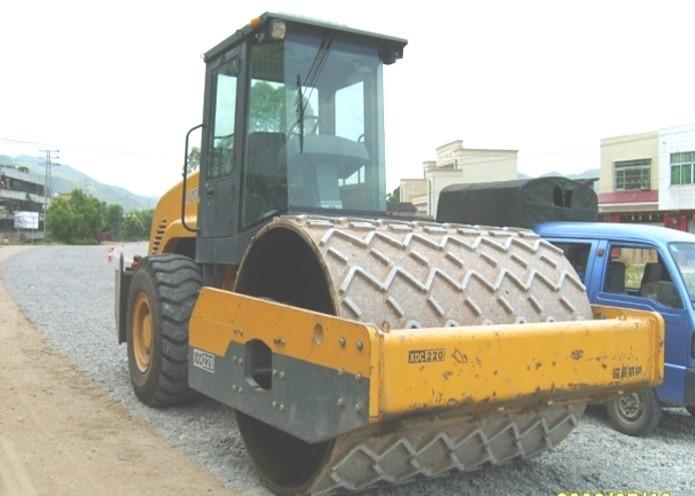 预制混泥土路面资料下载-旧水泥混凝土路面碎石化技术应用