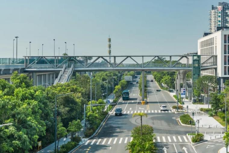 深圳南山区地铁上盖市政体育公园-5e9e0c60e60e0