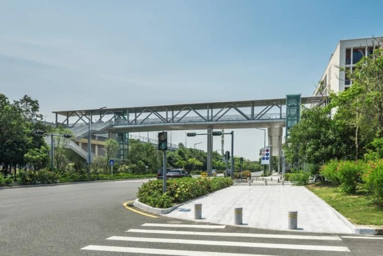 深圳南山区地铁上盖市政体育公园-5e9e0c633c80c