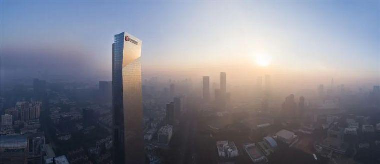 汉京中心,亚洲第一高纯钢结构建筑
