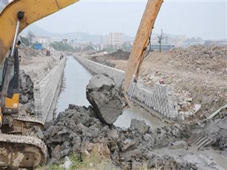 流域河道治理毛石挡墙工程施工方案