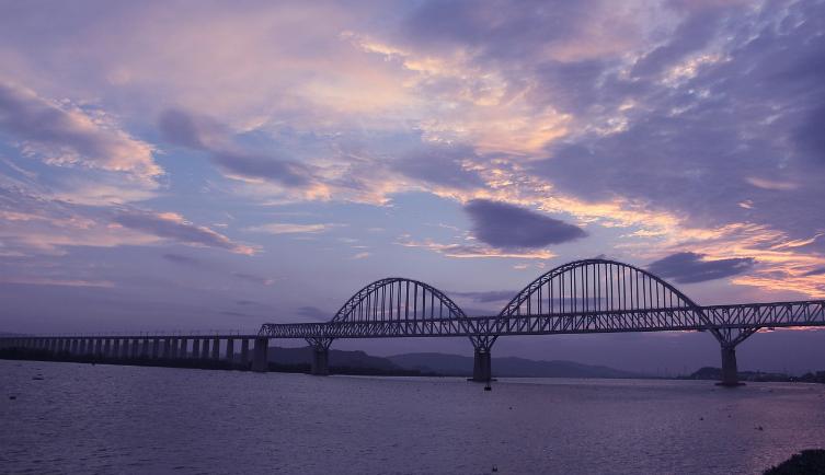 关于中国桥梁技术发展的思考